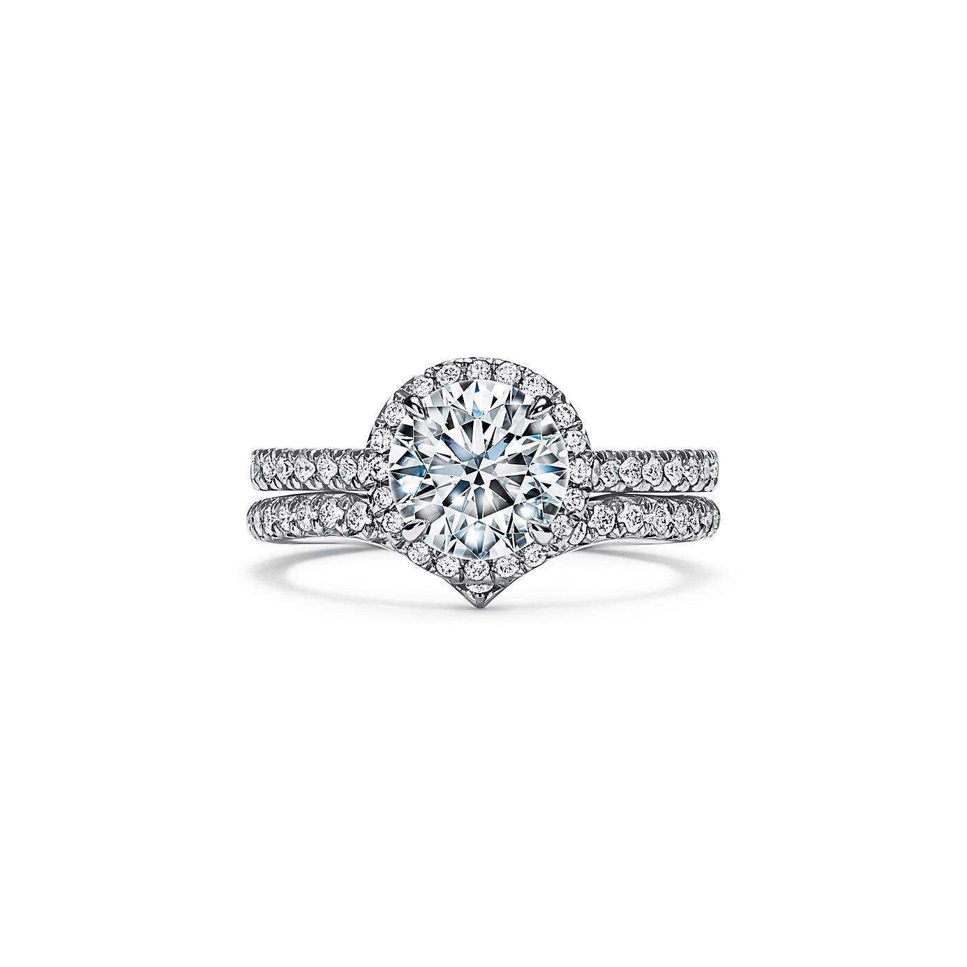ティファニー ソレスト ラウンド ブリリアント エンゲージメント リング(4)―Tiffany & Co.(ティファニー)