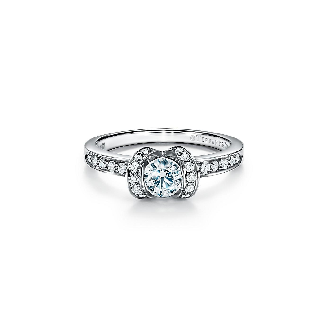 ティファニー リボン エンゲージメント リング(1)―Tiffany & Co.(ティファニー)