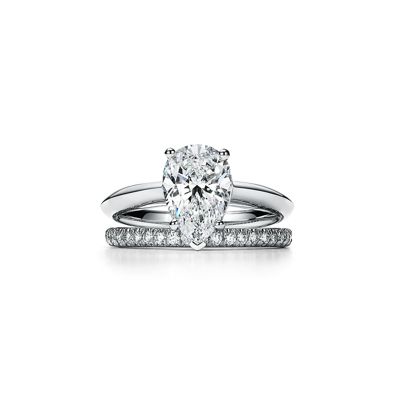 ペアシェイプ ダイヤモンド エンゲージメント リング(3)―Tiffany & Co.(ティファニー)