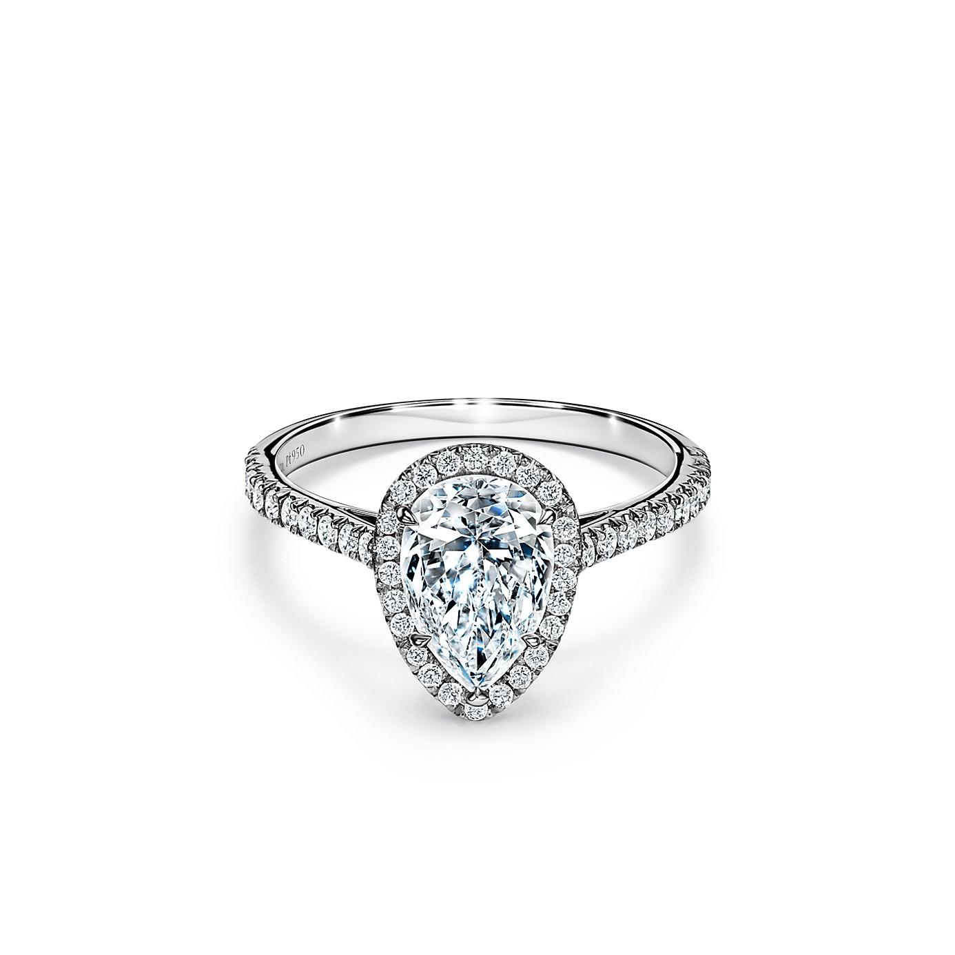 ティファニー ソレスト ペアシェイプ ダイヤモンド エンゲージメント リング(1)―Tiffany & Co.(ティファニー)