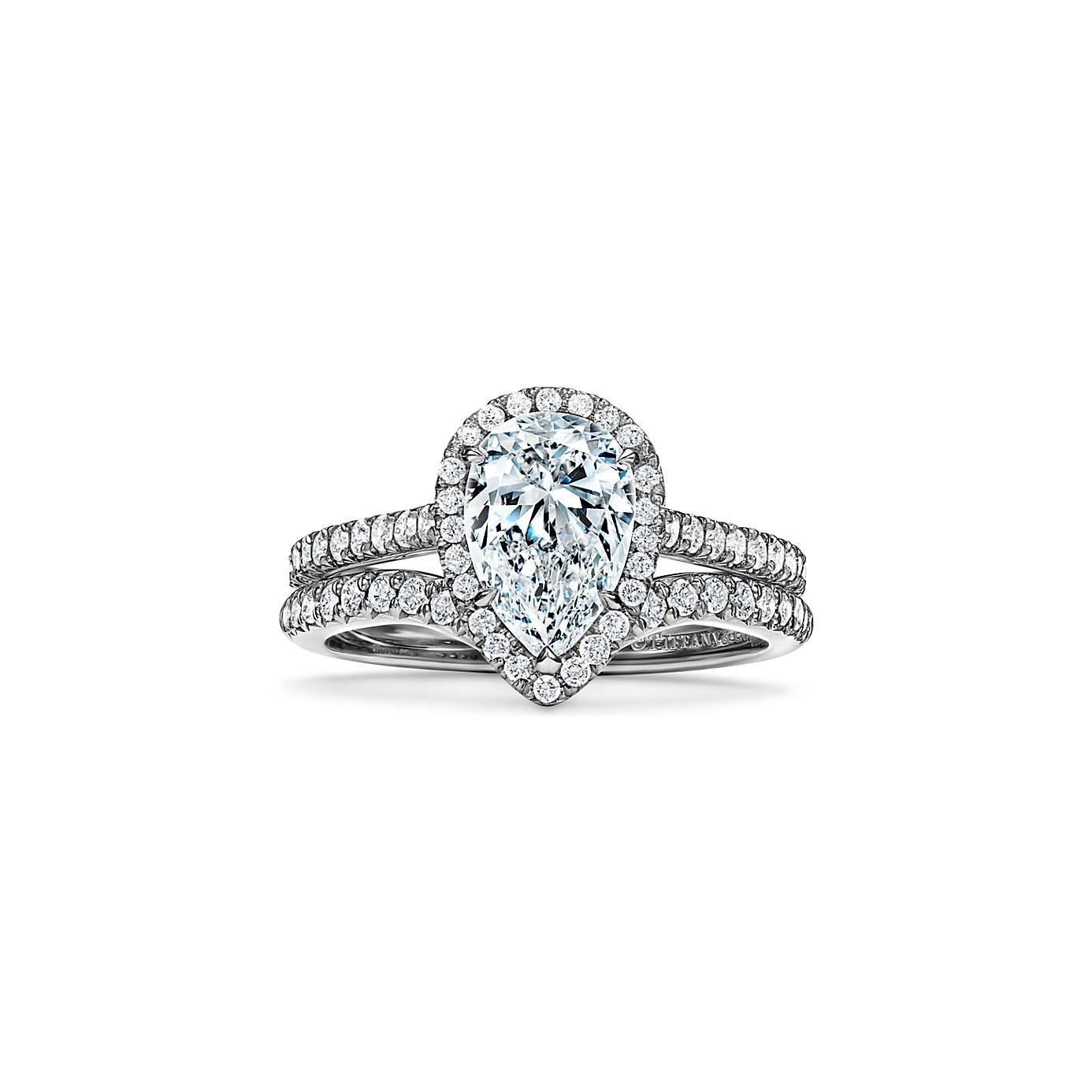 ティファニー ソレスト ペアシェイプ ダイヤモンド エンゲージメント リング(4)―Tiffany & Co.(ティファニー)