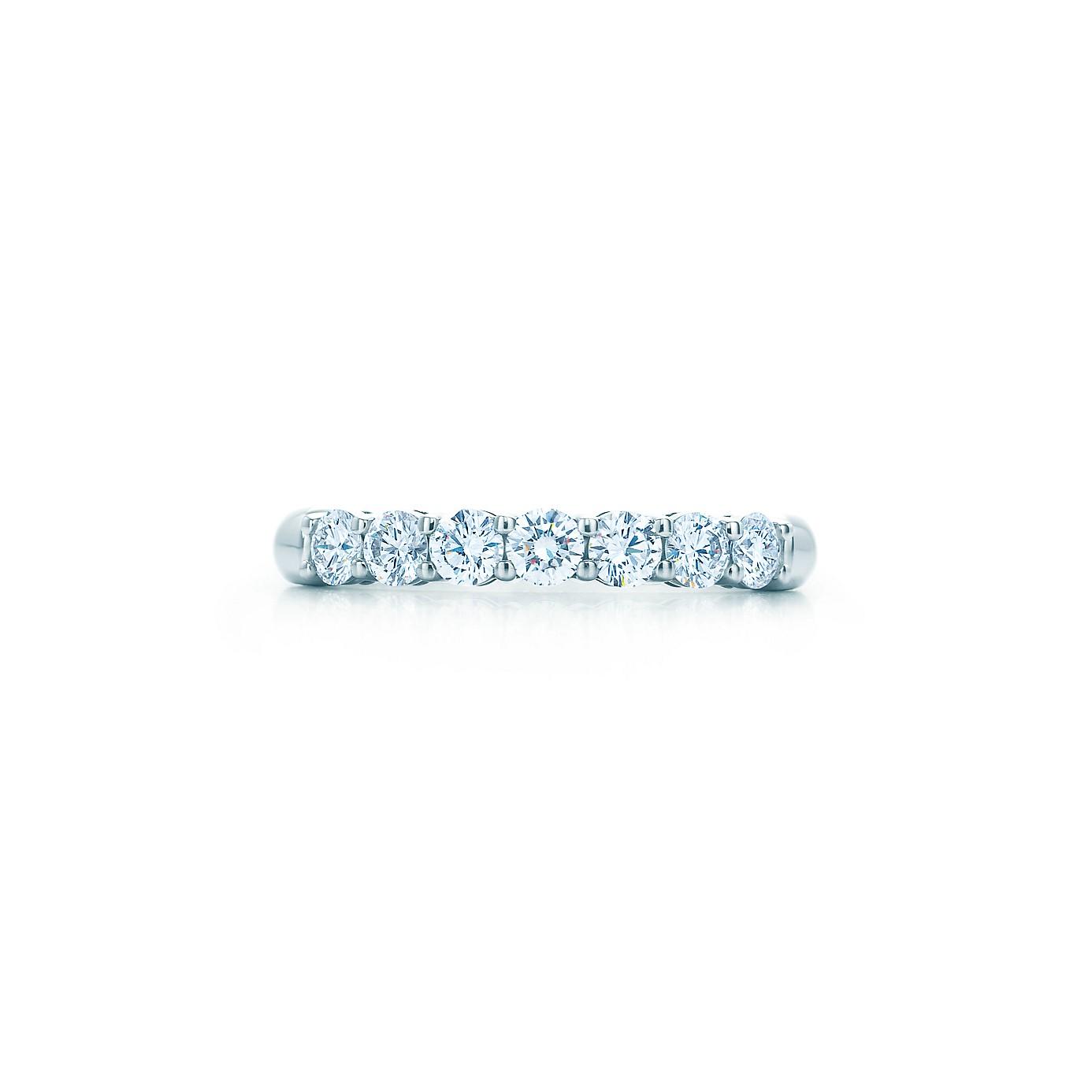 ティファニー エンブレイス バンドリング ダイヤモンド(1)―Tiffany & Co.(ティファニー)