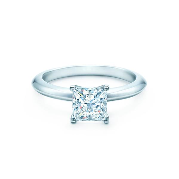 プリンセス カット エンゲージメント リング(1)―Tiffany & Co.(ティファニー)