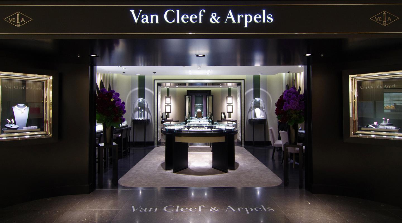 大丸神戸店―Van Cleef & Arpels(ヴァン クリーフ&アーペル)